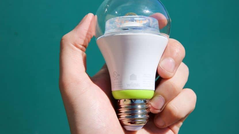 smart bulb 1