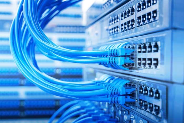 نکاتی برای خرید سوئیچ شبکه | تفاوت هاب و سوئیچ شبکه | سوئیچ اترنت صنعتی | انواع سوئیچ شبکه | مقایسه انواع سوئیچ شبکه | ای خرید